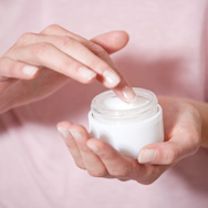 Skin Care Packaging Matters: Why You Should Ditch Jars